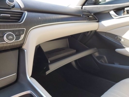 2019 Honda Accord Touring 2 0T Auto